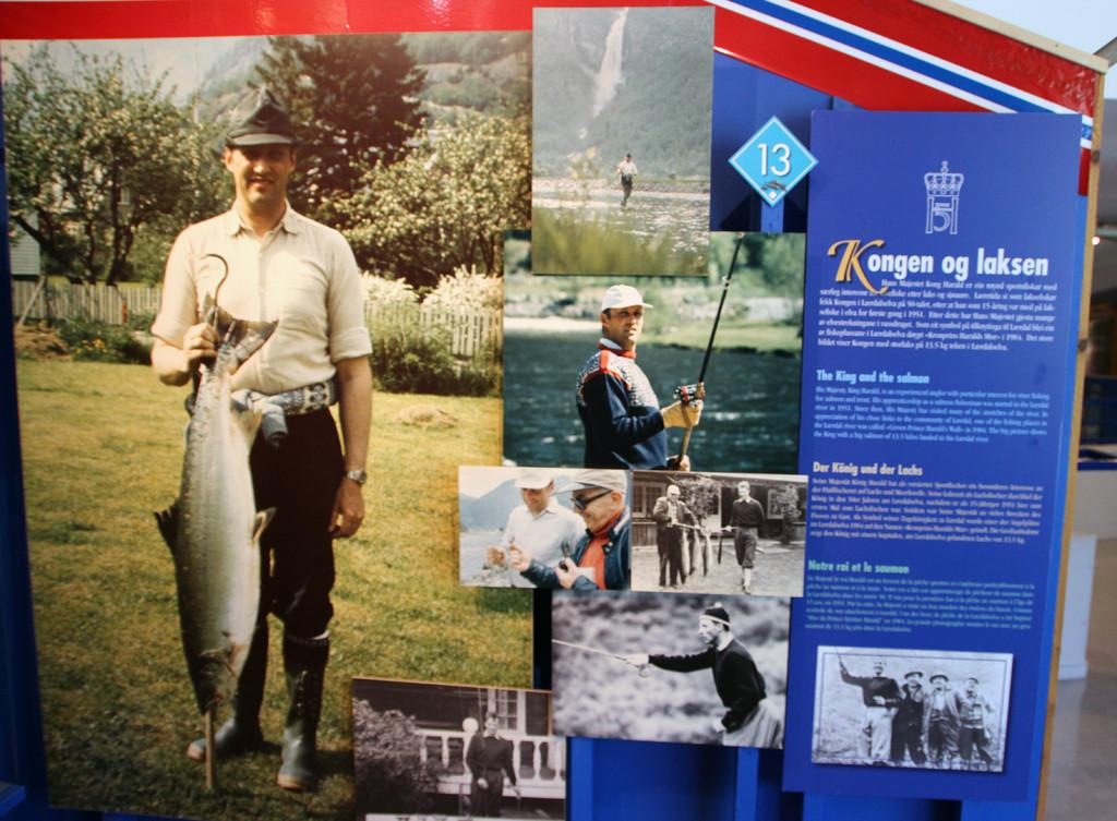 Der norwegische König fischt auch auf Lachs