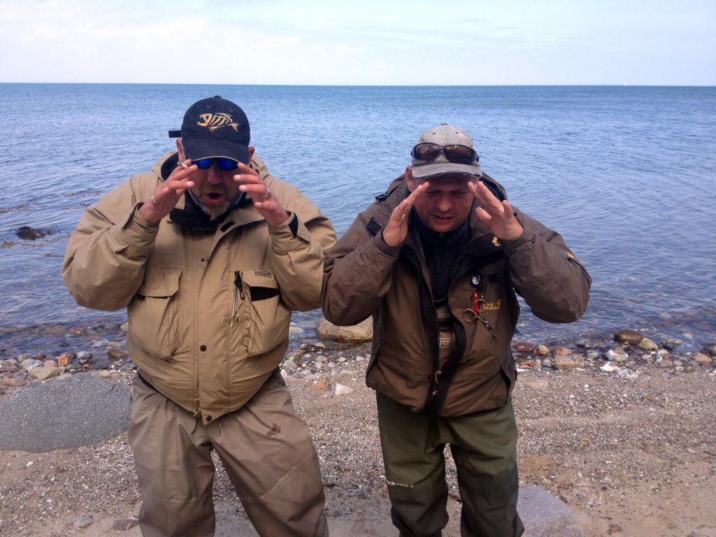 Olaf und Lutz bitten um Meerforellen