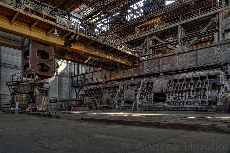 Beschickung Siemens-Martin-Ofen