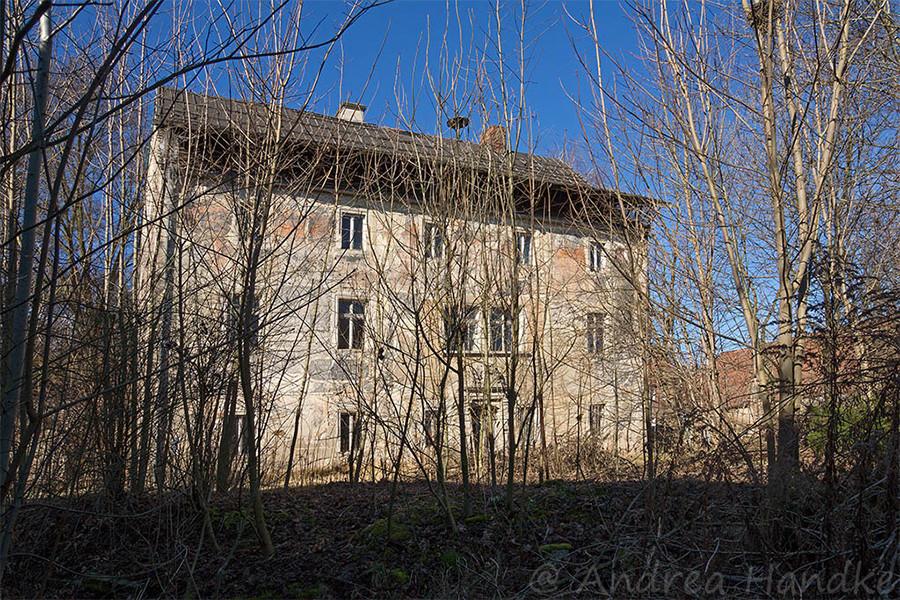 Vorderseite des Schlosses