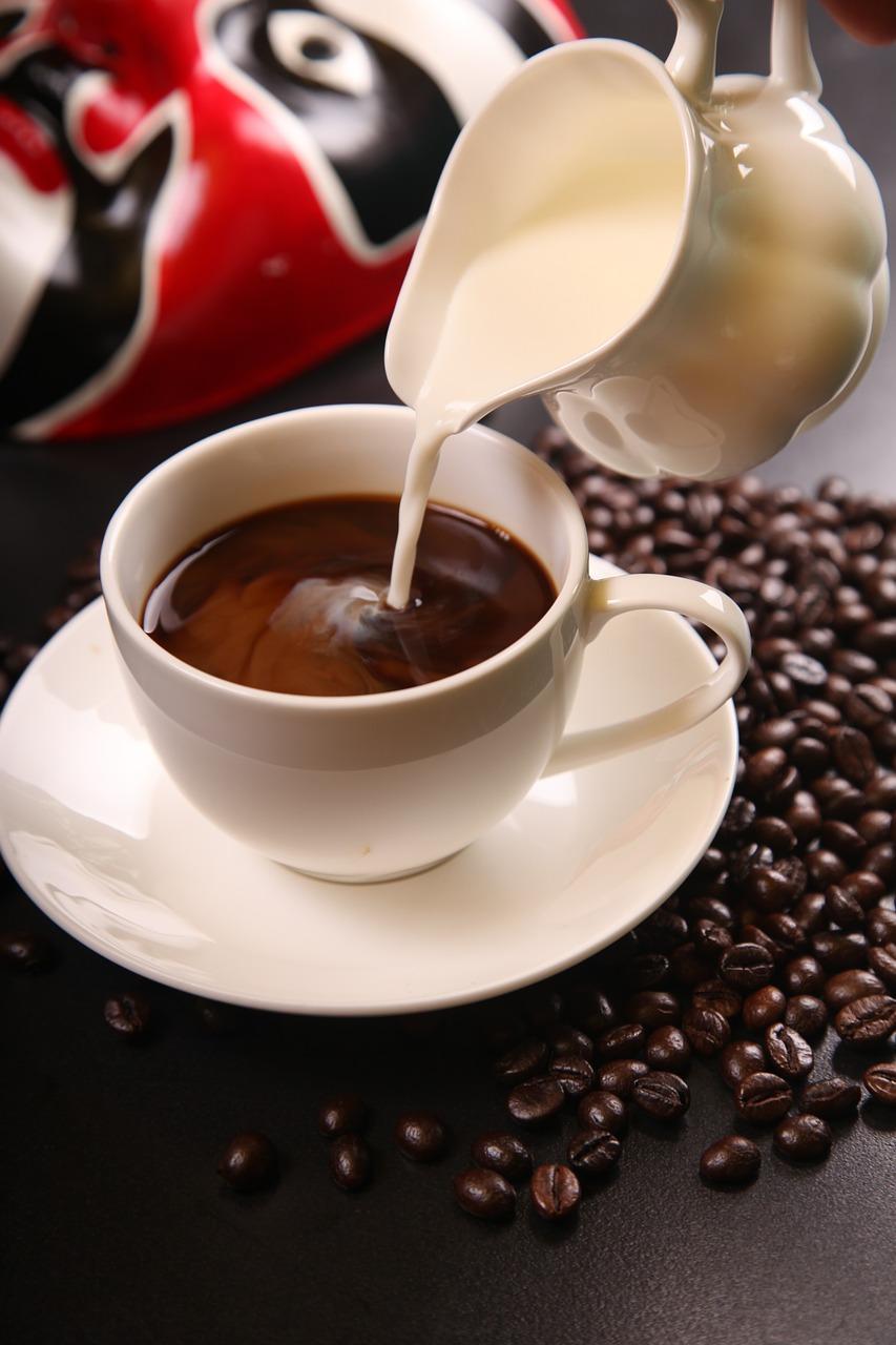 Erdbeerkuchen & Kaffee