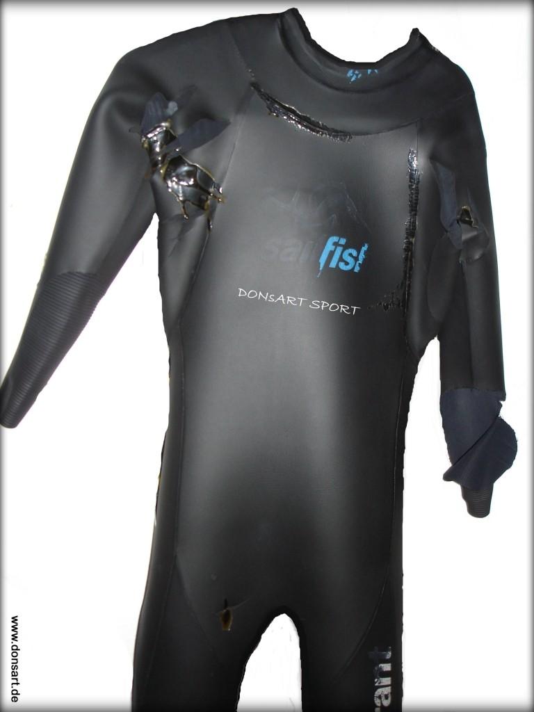 Lädierter 'Sailfish' Neopren von 2007  - 8 Jahre im (Schwimm-)Einsatz