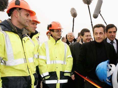 Chantier du Barrage du Mont St Michel avec N. Sarkozy et François Fillon
