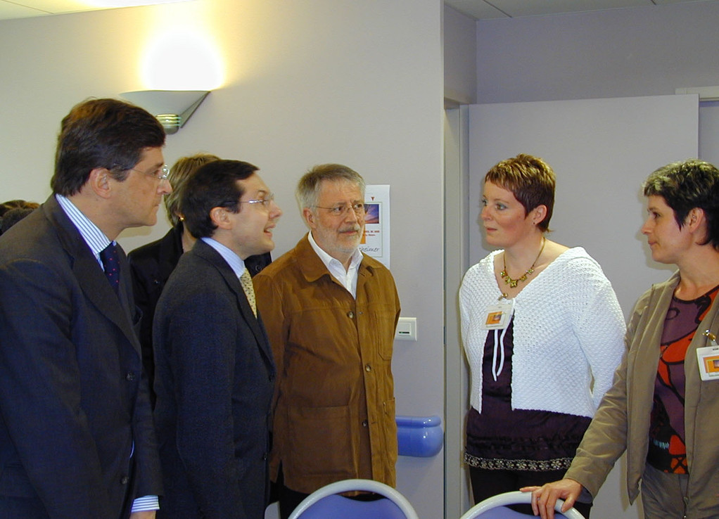 Visite dans l'Indre d'une Maison pour Alzheimer avec Nicolas Forissier