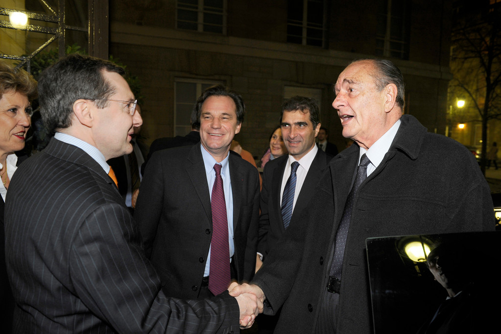 Jacques Chirac salue Philippe Bas