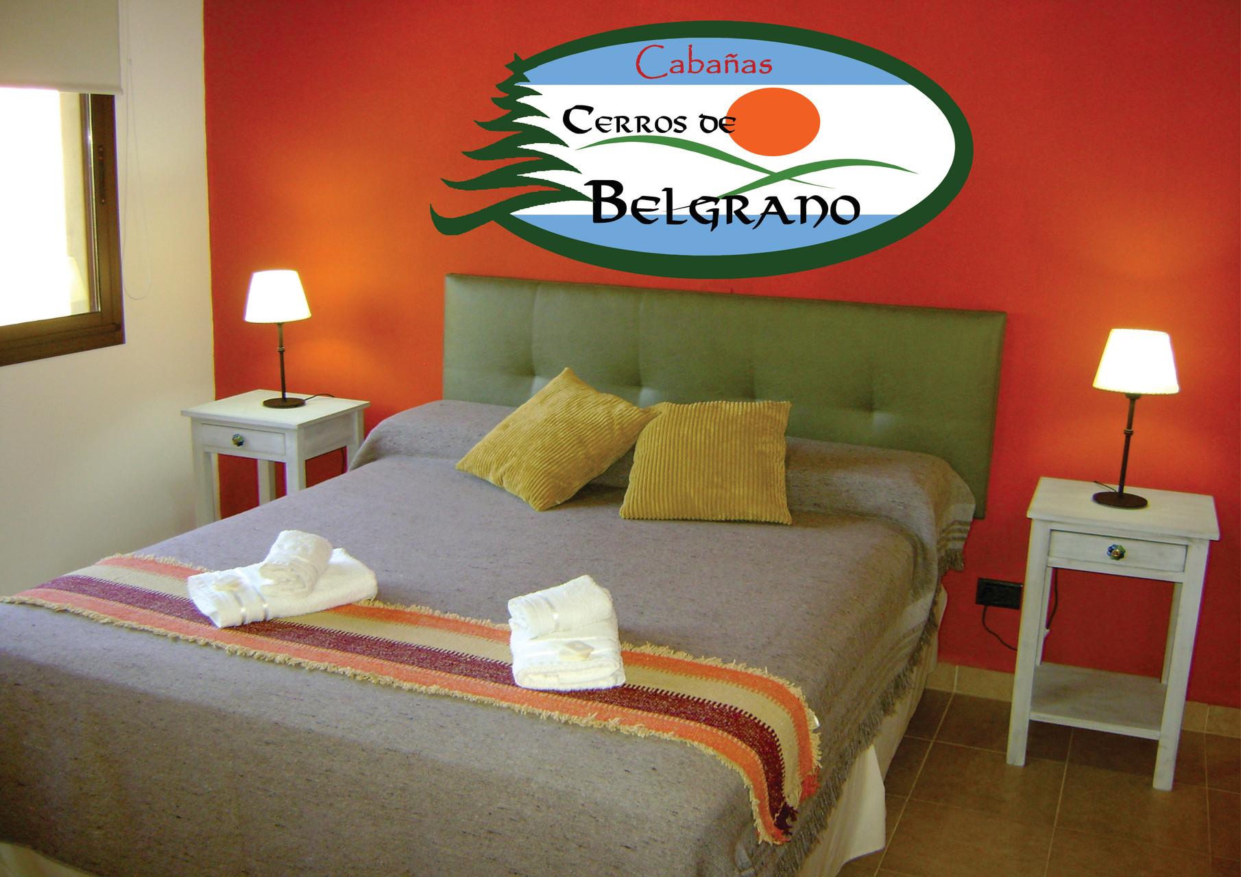 Dormitorio principal con cama king size.