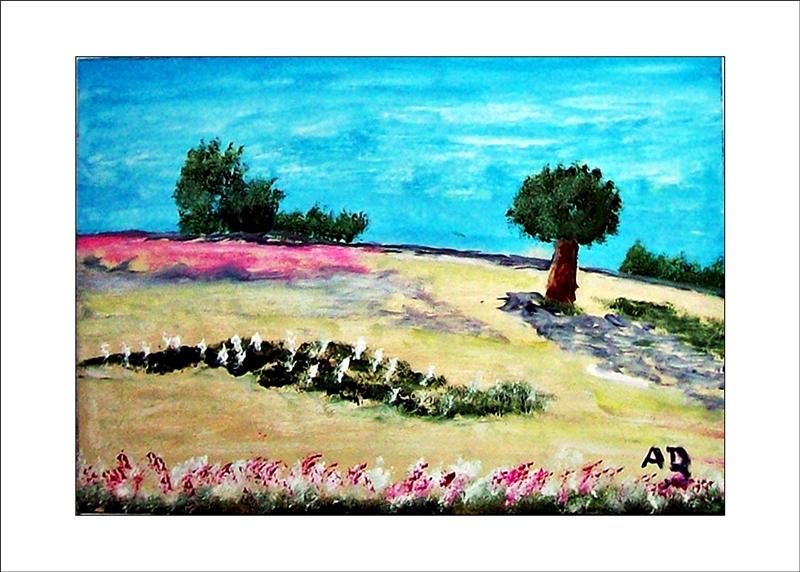Hügellandschaft mit blauem Himmel und Baumgruppen im Hintergrund. Gelb, Grün, Weiße Wiese mit Pflanzen, Blumen und Baum im Vordergrund. Ölgemälde.
