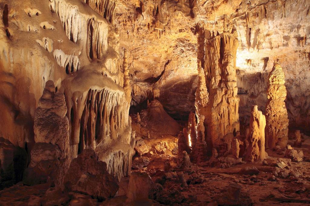Grottes de Moidons