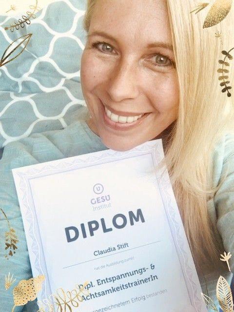 Endlich: Mein Diplom für Entspannungs- & Achtsamkeitstrainerin