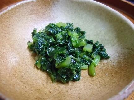 大根葉の炒め煮。自家栽培ならではの、お料理をお出しします。