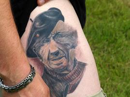 Emile tatoué