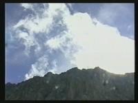 Wolkenverwirbelungen im Taja-Törl