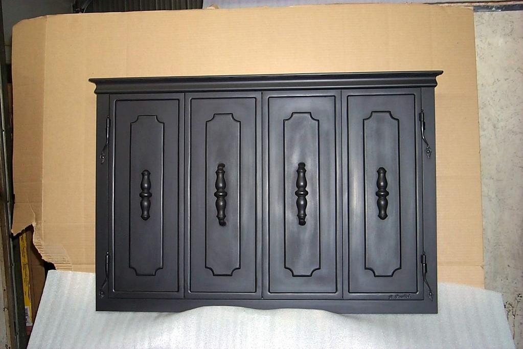 Porte de foyer en acier plein à 4 volets pliants équipé de 2 volets pare-étincelles à l'intérieur