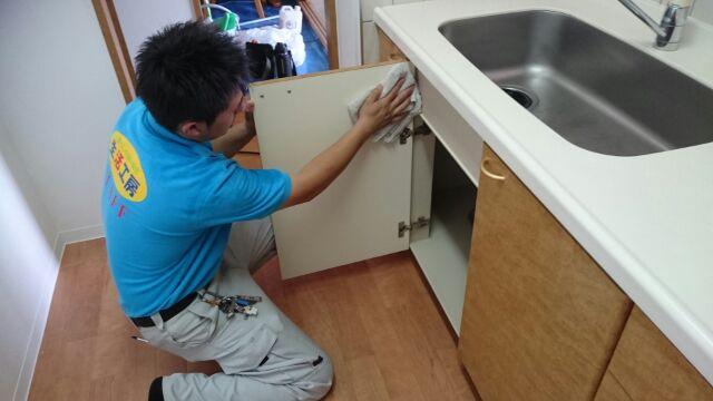 キッチンお掃除(中)
