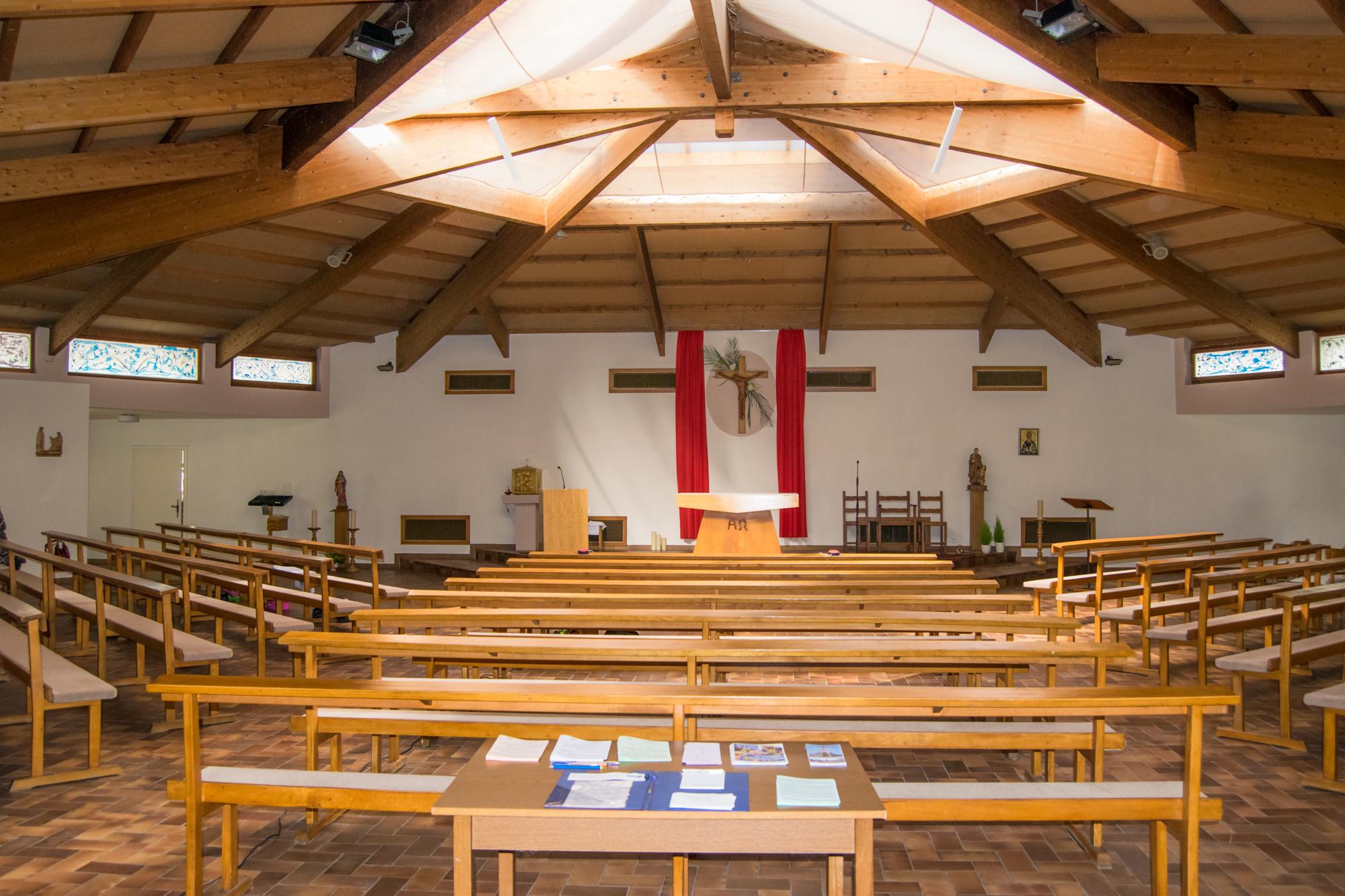 Intérieur de l'église saint Vincent de Paul