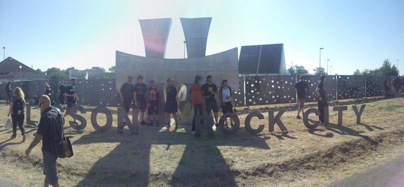 The iconic Hellfest Logo just in front of the entrance