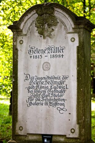 Alter südlicher Friedhof München »Die schöne Münchnerin«