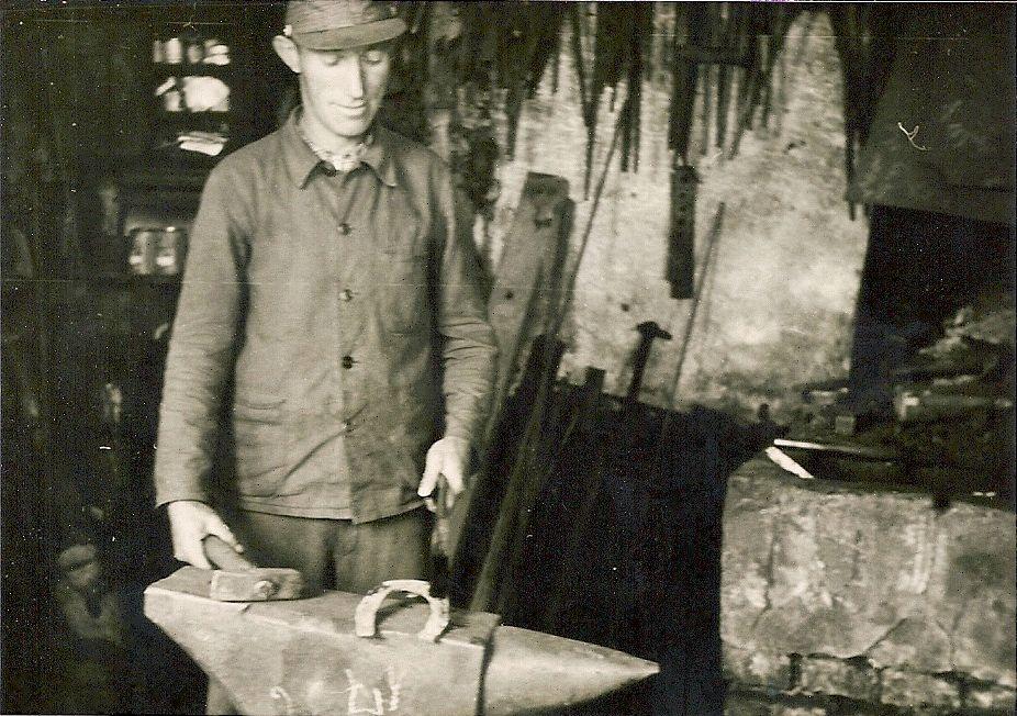 1930 Schmiede (Schmedde)