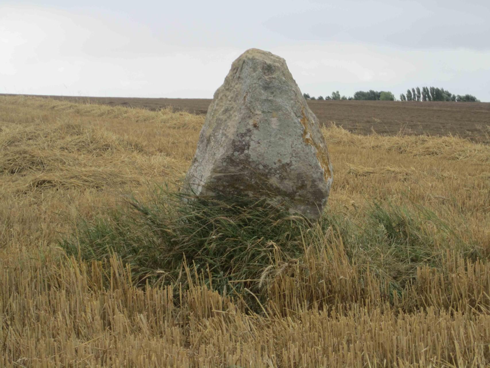 Menhir, dit de la Demoiselle de Bracqueville