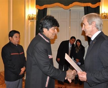 Schweizer Botschafter und Staatspräsident Boliviens