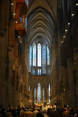 大聖堂のなかではミサが始まりました