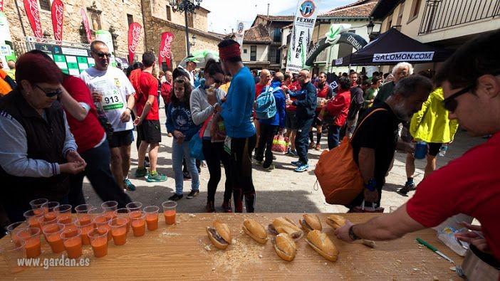 Gazpacho, bocadillos y parrillada recién hechos