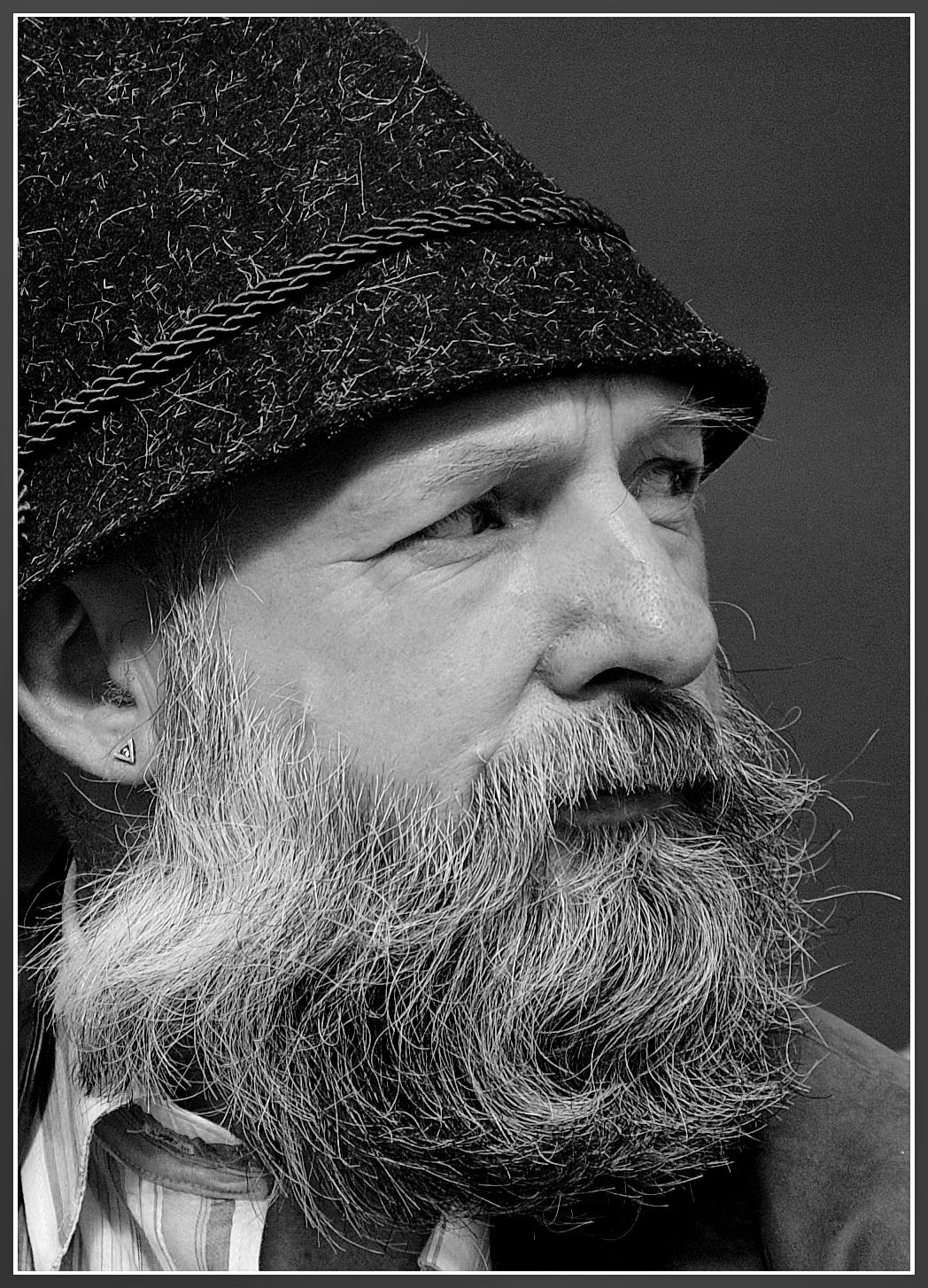 Der Mann mit Bart