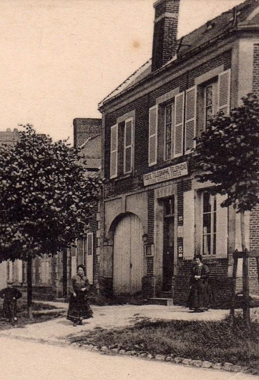 2ème bureau de poste : 90, rue de la Madeleine