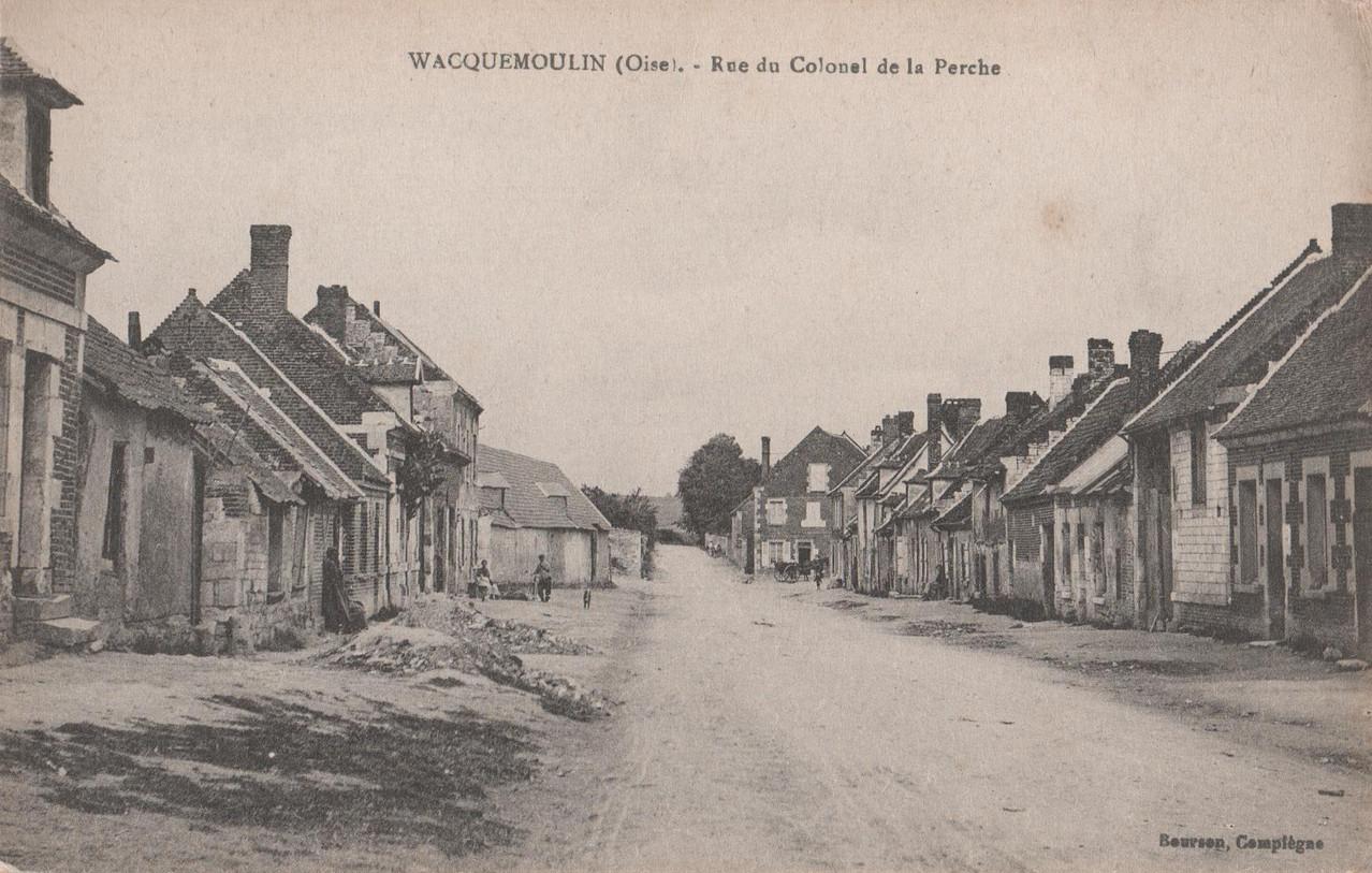 Rue du Colonel de la Perche - aujourd'hui rue de la Libération (collection particulière)
