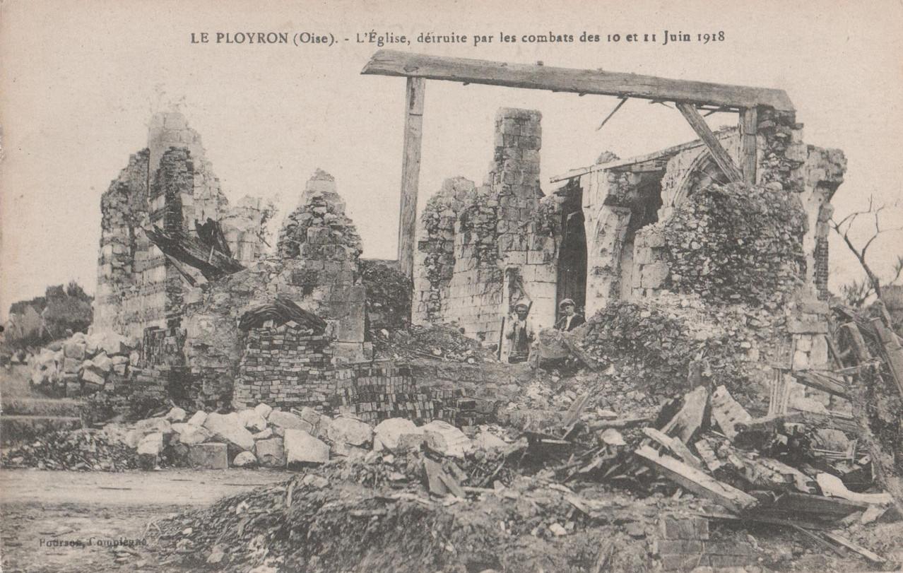L'Eglise, détruite par les combats des 10 et 11 juin 1918 (collection particulière)