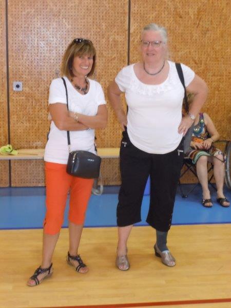 Ginette et YolandeGymnase C.Moré