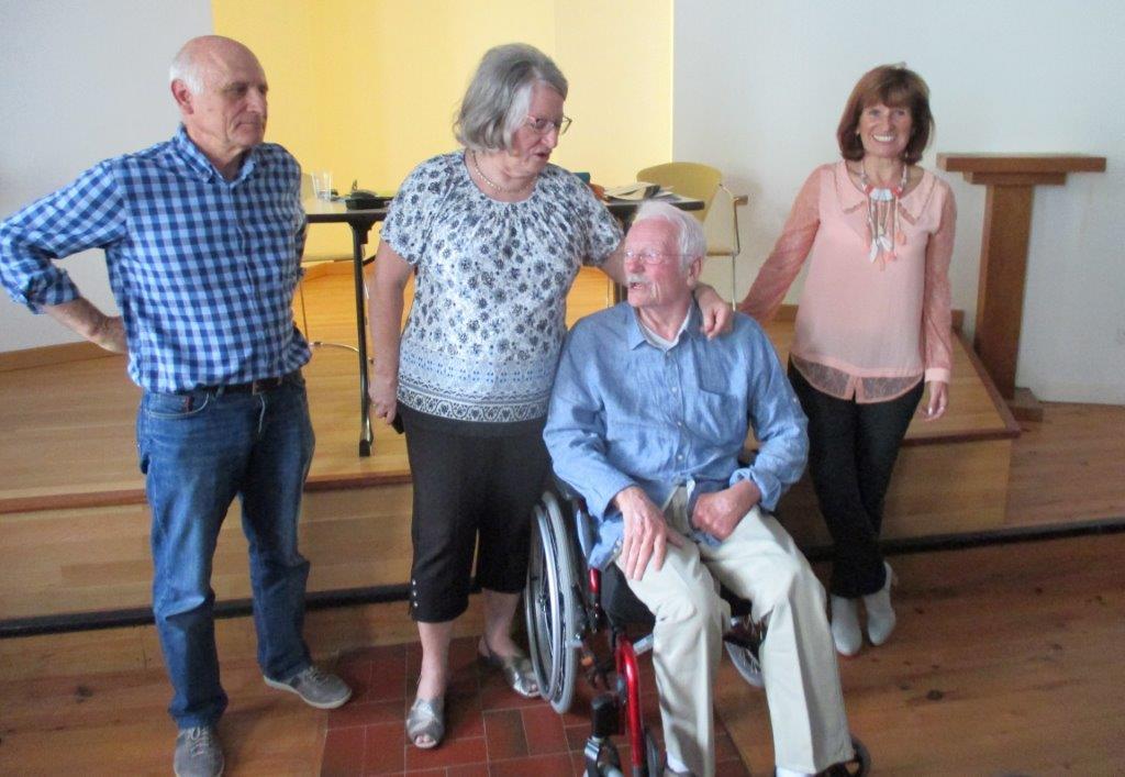 Gérard MOREL accueilli par A.DOREE-Y.SAINT-CLAIR et G.DESPEISSE