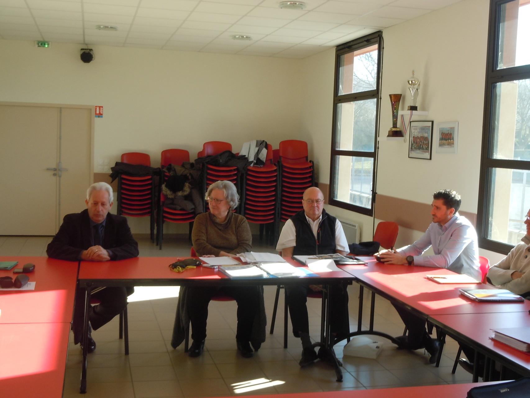 Claude AURIAS maire de Loriol,Y.SAINT-CLAIR,R.Dupont Cdots, T.DUC adjoint aux Sports LORIOL