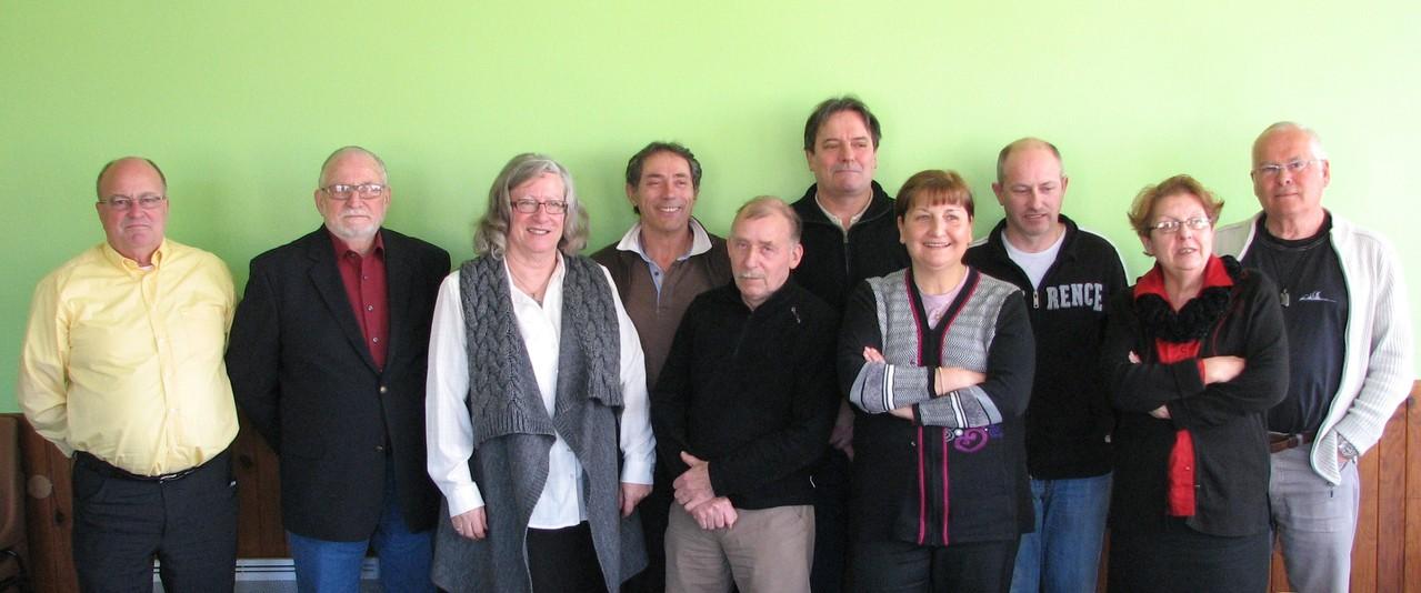 CA-Savasse 20120303 En présence de René Vecchato, Maire (2e à gauche) et Guy Triboulet, Adjoint aux sports (à droite)