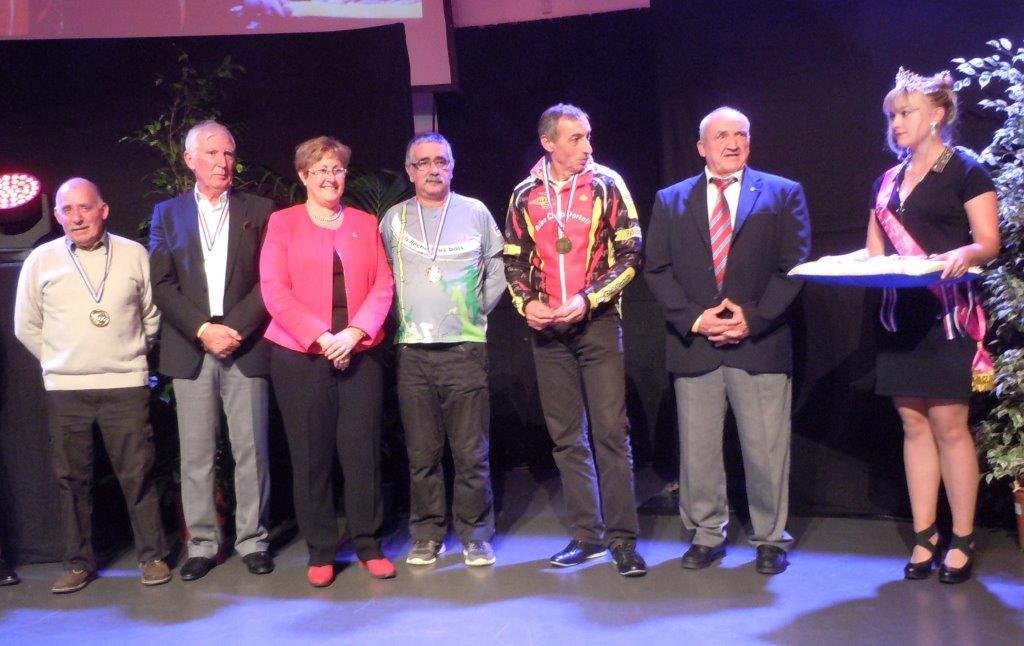 P.Pallesi, C.Chapuis,me le MairePLV,F.Girard, R;Jouve, A. Jullian et Miss PLV