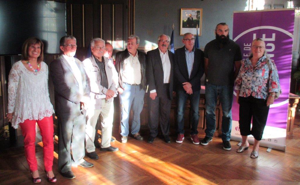 S.CHABAL entouré de représentants de l'OSV et du CDOTS