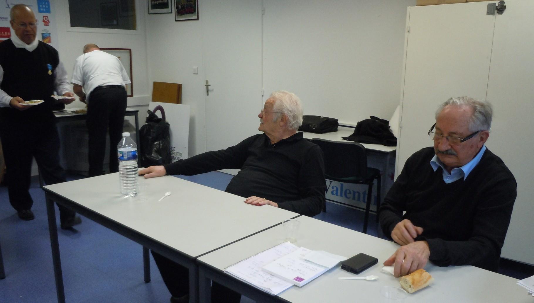 tour de table JL Saint-Clair, Robert Dupont, Gérard Morel et Jean-Marc Abattu