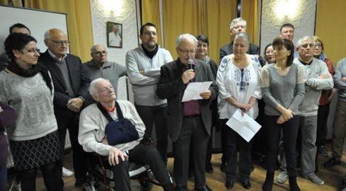 • C'est sous le signe de l'émotion qu'a eu lieu, le 5 janvier 2016, la cérémonie des vœux de l'OSCP en présence de Gérard Morel président. C'est René Morel, trésorier de l'OSCP, qui a lu le message de vœux devant 80 personnes du monde associatif péageois.