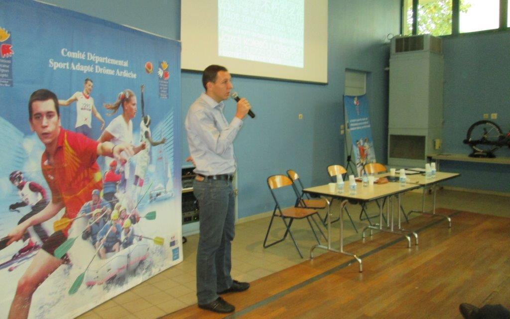 présentation du matériel handi par PJ.Martin de la Corima