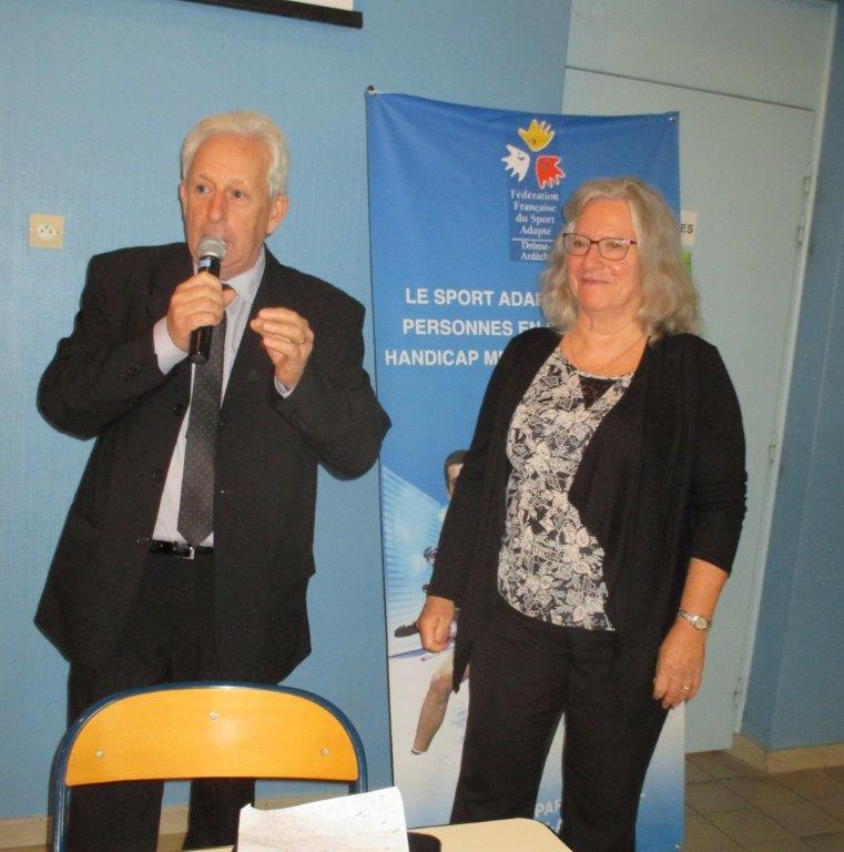 Claude Aurias Maire de Loriol et Yolande Saint-Clair présidente du CDOTS 07-26