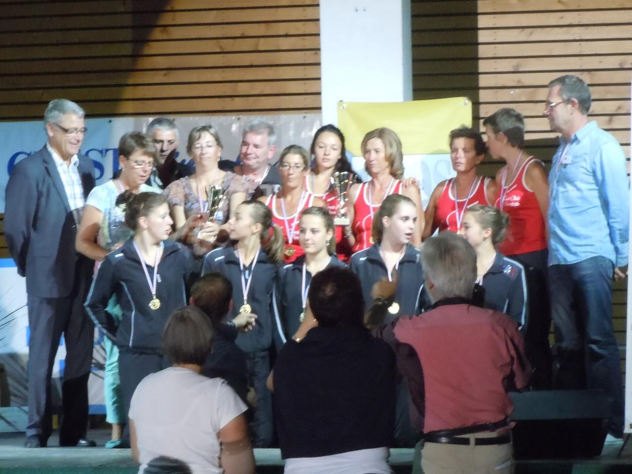 Trophées du Sport drômois CREST 2012 Twirling Portes,Livron en noir, Tennis Club Pierrelatte en rouge