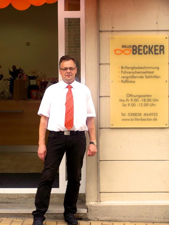 Geschäftsführer · Uwe Becker