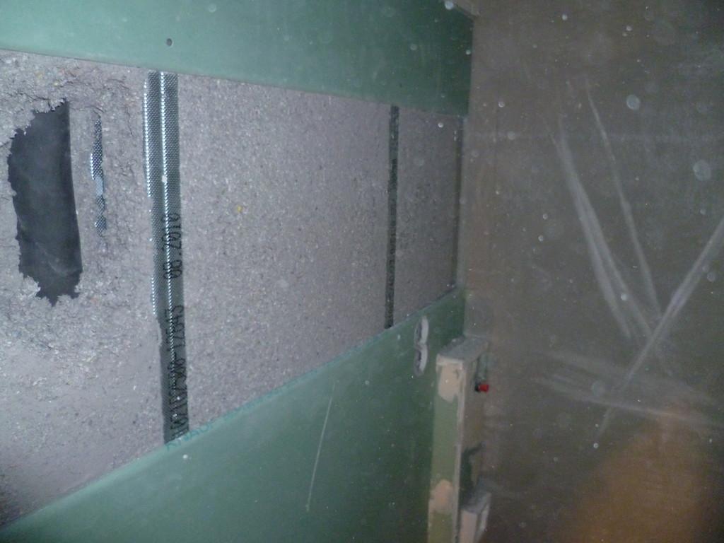 WC Vorbau geöffnet nach dem ausblasen ( zu Demonstrationszwecken)