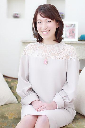 日本スピリチュアルジュエリー協会 代表理事 Alice