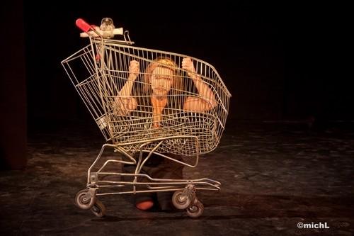 Décroissance Programmée mise en scène avec la compagnie La Carotte (Jura)    © Michel LAURENT (MichL)