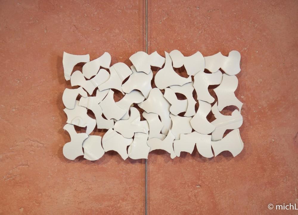 Éclats / Acier et peinture blanche (26 x 43 cm)  © Michel LAURENT (MichL)