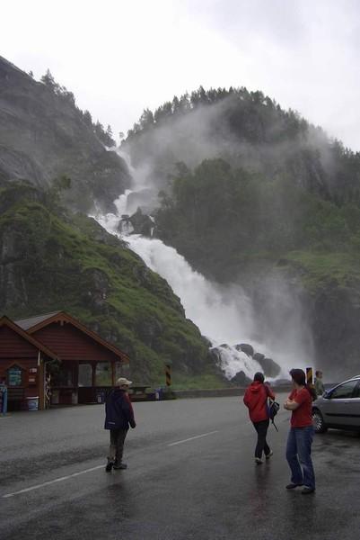 Ein 160m hoher Wasserfall