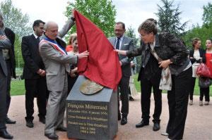 Sculpture-Buste-Statue-Bas-relief-Bronze-Sulpteur-Langloys-Mitterrand