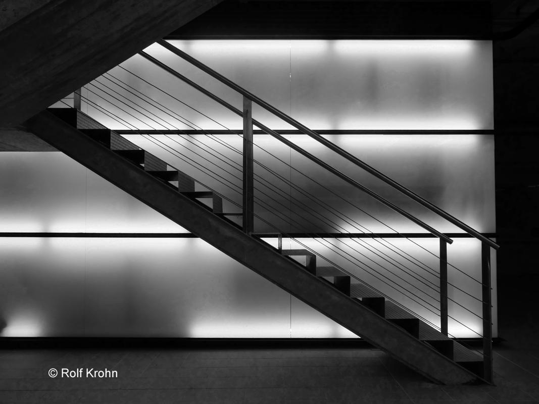 2020 März  Treppe in Spanien  Foto Rolf Krohn