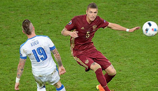 Sous le maillot de la Russie lors de l'Euro 2016.